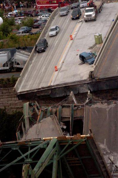 Crollo ponte Mississippi